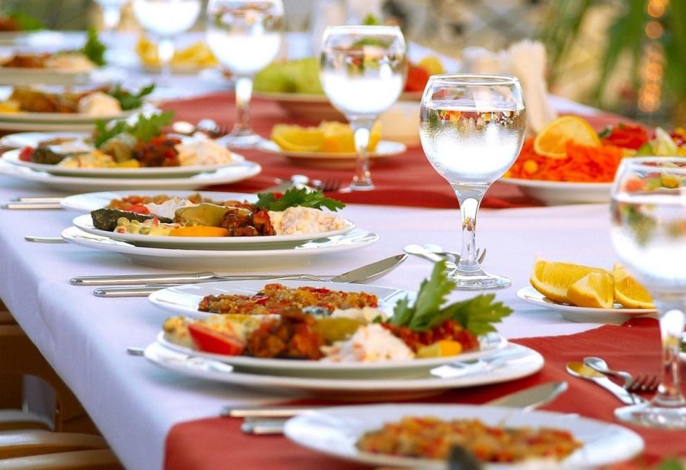 mam-e-food-cosa-mangiare-a-ferragosto-il-menu-del-nord-italia-pranzo